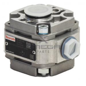 JLG  7021319 Gear pump