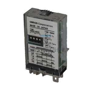OMEGA  610120 Omron Timer relay 12Vdc